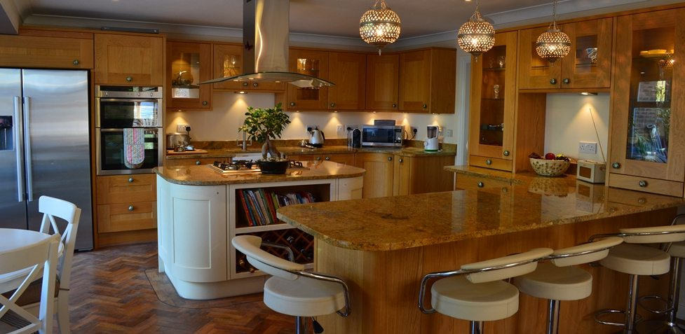 Kitchen installation harefield middlesex for Traditional home kitchens 2015