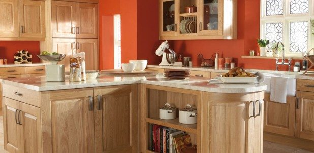 Kinsale Natural Oak - a Classic, Solid Oak English Shaker