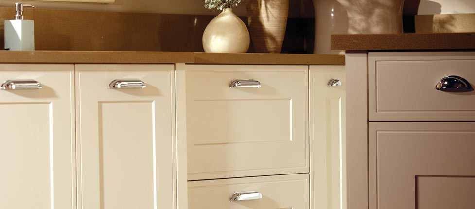 litton_soft_cream-2-classic-english-made-kitchen