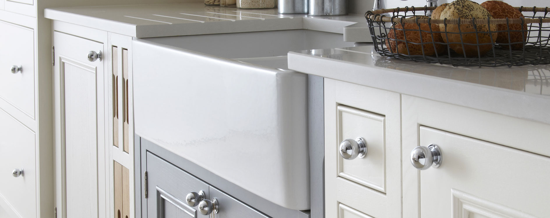 Salcombe Painted Timber English Made Kitchen in Chalk 3