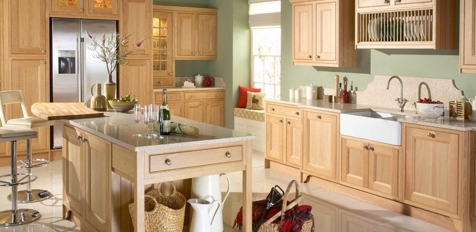 Tetbury Natural Oak English made in-frame kitchen