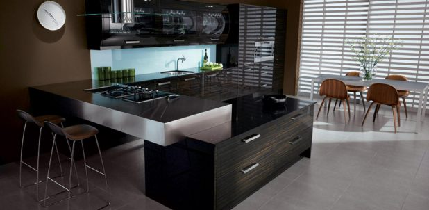 Avant Ebony English made Gloss Kitchen